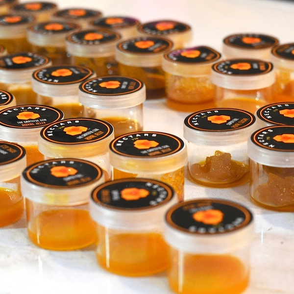 Nectars Royal Jelly Glass Jars Breaking, Cutting Customers